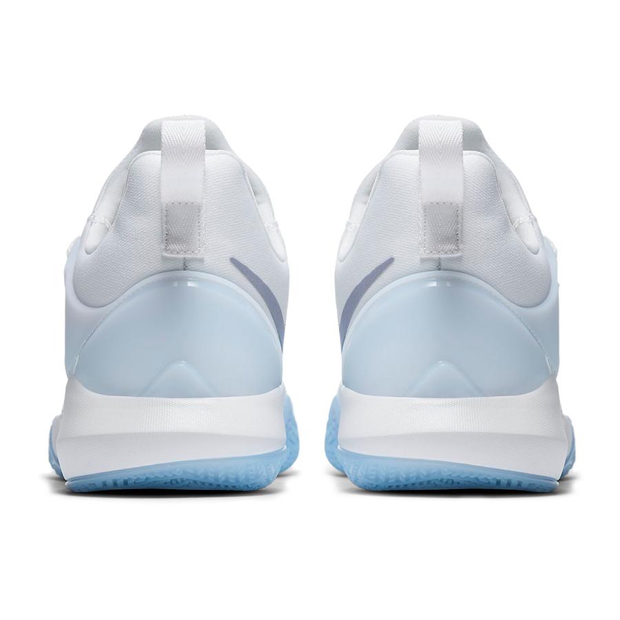Köp Nike Zoom Shift Dam från NIKE hos 2WIN.SE 5ca622c966928